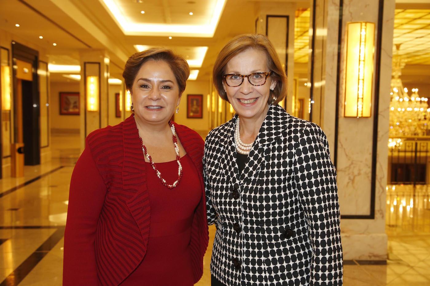 I.E. Patricia Espinosa Cantellano (Botschafterin Mexico), I.E. Ritva Koukku-Ronde (Botschafterin Finnland) beim bei der Ambassadors Club Veranstaltung -Women for Peace- im MARITIM Hotel berlin.