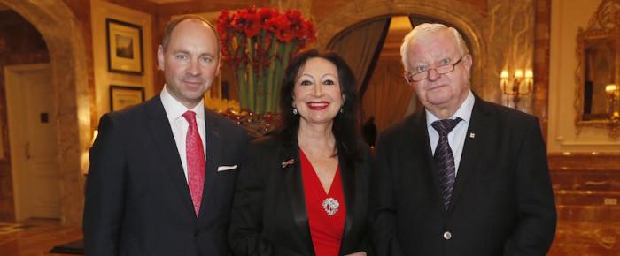Ambassadors Club unterstützt Deutsches Rotes Kreuz