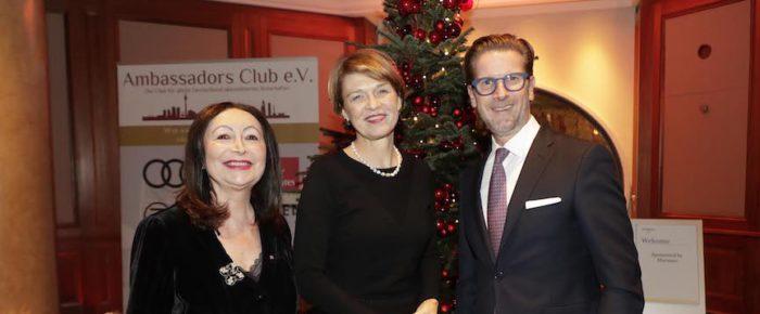 Ambassadors Club sammelt Geschenke für Kinder mit Elke Büdenbender